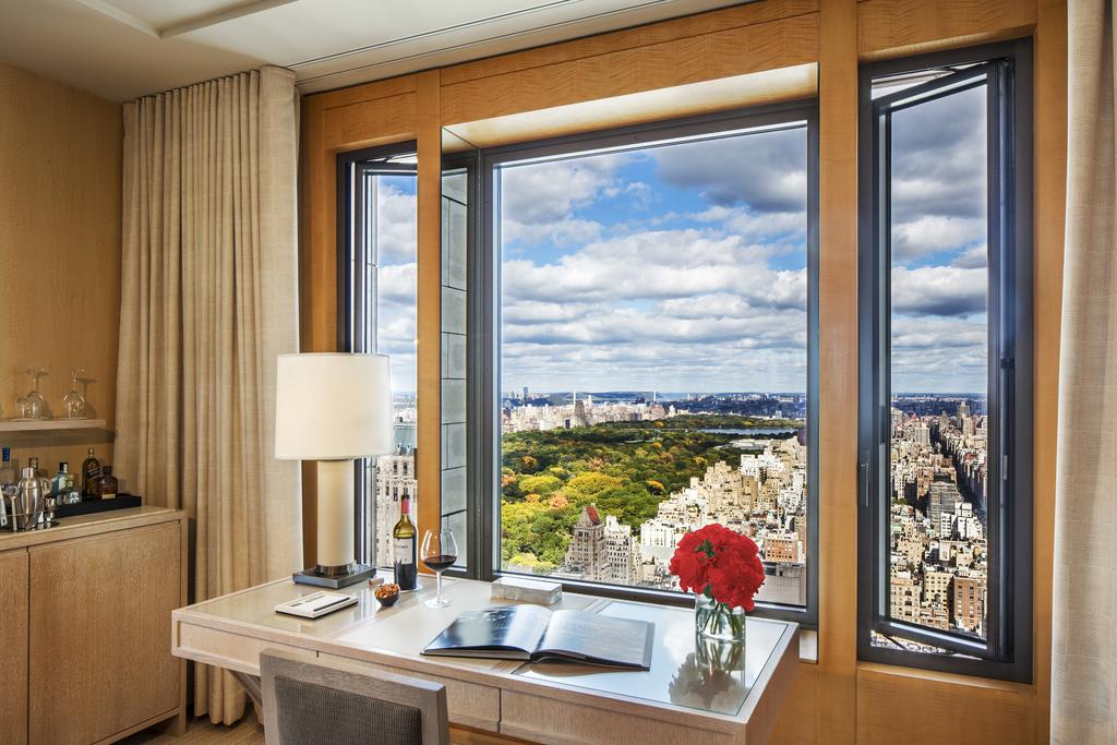 Four-Seasons-Hotel-Ty-Warner