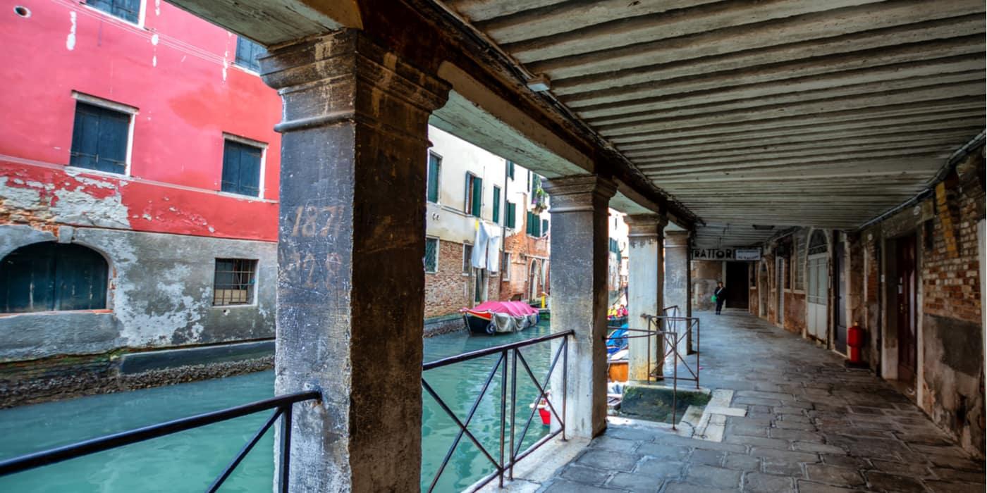 Waar overnachten in Dorsoduro in Venetie Italie