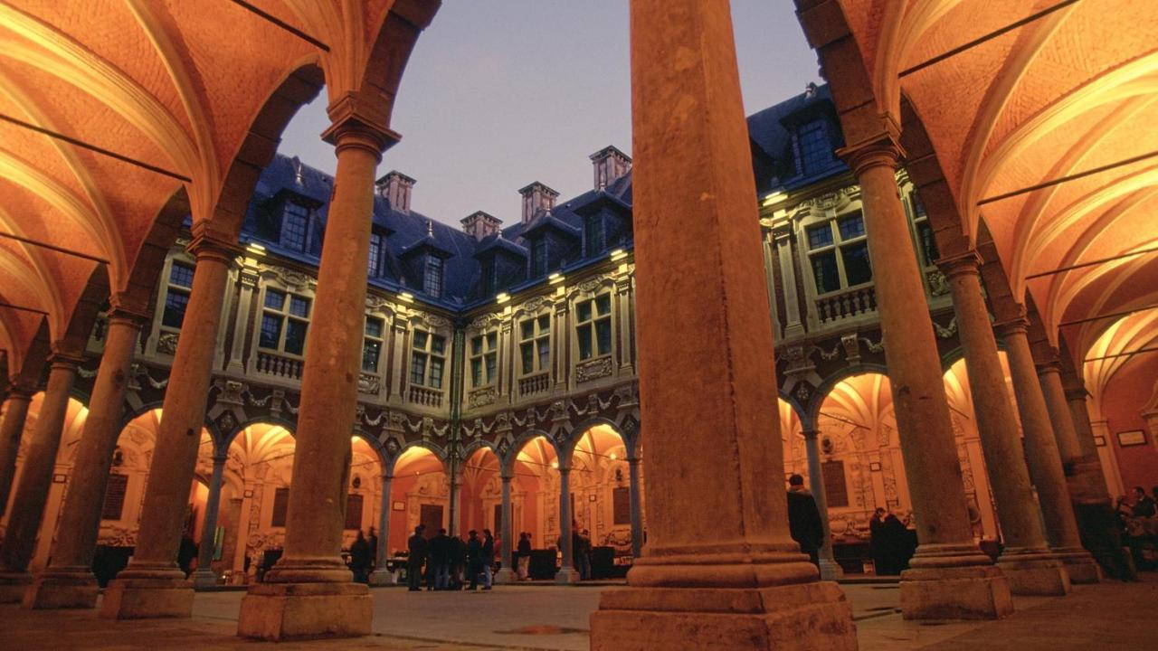 Grand Hotel Bellevue Overnachten Lille Foto Booking.com