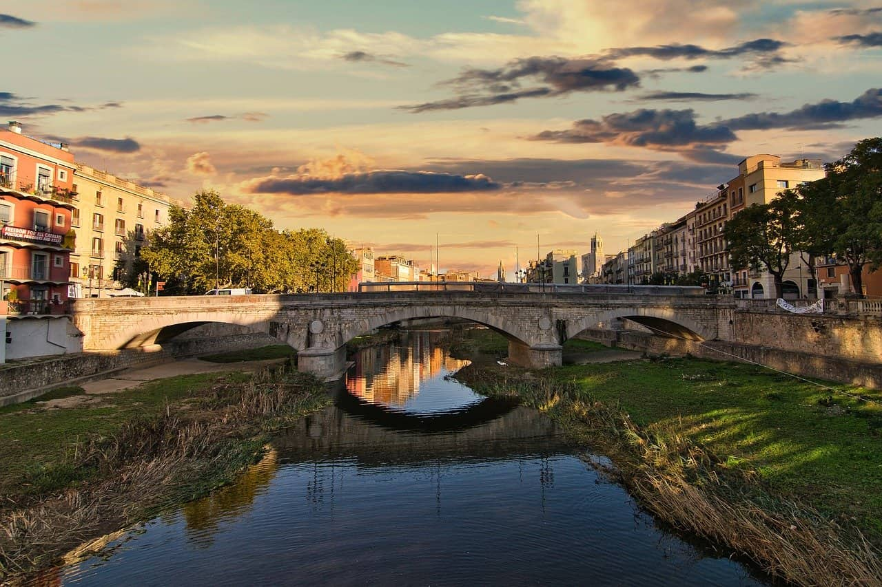 Hotel Girona Pixabay2