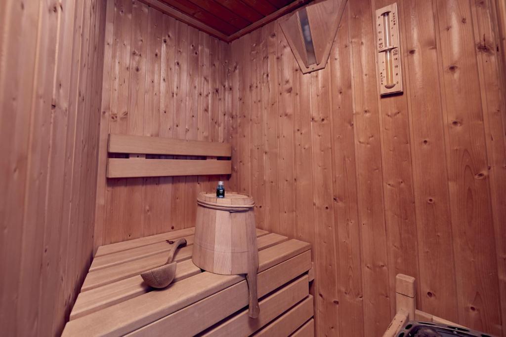 Inntel Hotels Rotterdam Centre Suite met Sauna Booking